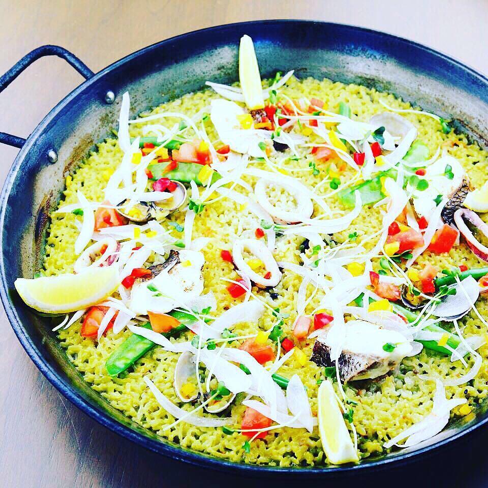 真鯛とあさり春野菜のパエリア🥘page-visual 真鯛とあさり春野菜のパエリア🥘ビジュアル